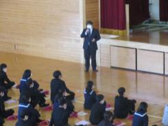 R02.11.05_3年キャリア教育講演会 (7).JPG