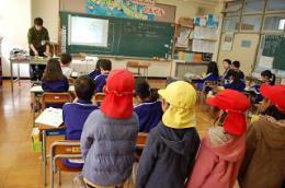 12.10東幼稚園 (1).JPG