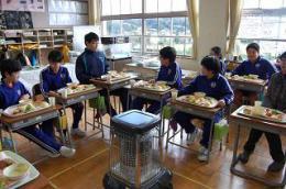 12.11バイキング給食 (3).JPG